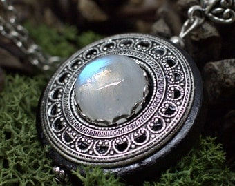 Protection Necklace Pendant 'Amddiffyn' Amulet - Rainbow Moonstone - Wood - Forest Spirits - Pagan - Wicca