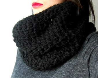 Black crochet cowl, black knitted cowl, black yarn scarf, infinity cowl, yarn cowl, woman accessories, hooded scarf,