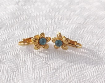 Vintage Mid Century Flower Earrings with Sapphire Rhinestone Centers Clip On