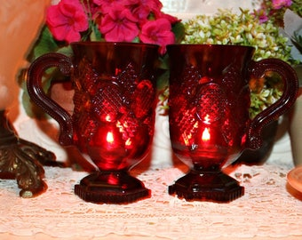 VIiNTaGe AVON CAPE COD RuBy ReD PReSSeD GLaSS PeDeSTaL Soy Wax MuG Candle, YouR SCeNT CHoiCe,Homemade,Hand Poured,Collectible,Sandwich Glass