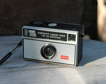 Instant Load 1104 camera for 126 film