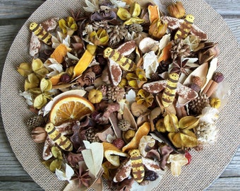 Bumbling Bees Country Potpourri, Rustic, Bumble Bees, Spring and Summer Potpourri, Room Scent, Botanical Mix, Refresher Oil Included
