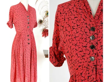 Vintage 1940s Dress - Post War Red and Black Printed Rayon Crepe Day Dress with Button Front Bodice