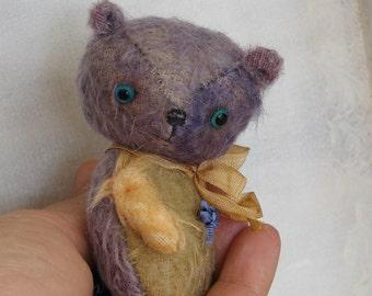 Robin the Bear by Woollybuttbears
