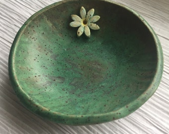 Trinket bowl, Catchall bowl, handcrafted bowl, jewelry bowl, stoneware bowl, soap dish, tracee, unique clay creations
