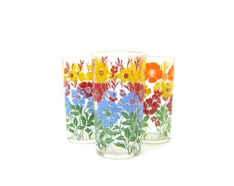 Flower Cups Vintage 1950s Floral Water Glasses Retro Hipster Granny Kitchen Decor Everyday Drink Glasses