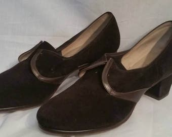 1940s vintage brown suede pumps, size 10