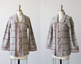 Vintage 1970s Gray Striped Cardigan Sweater / Wood Button Down Sweater / 1970s Sweater / Bohemian Sweater