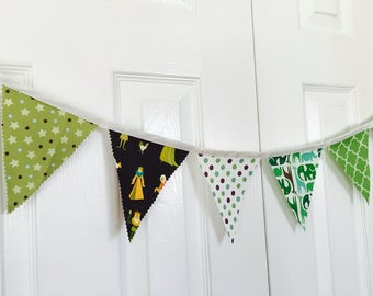 Green Mix Bunting