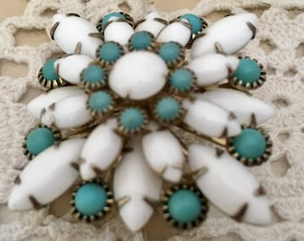 Vintage Pin Brooch with Milkglass with Turquoise Glass Cabochons