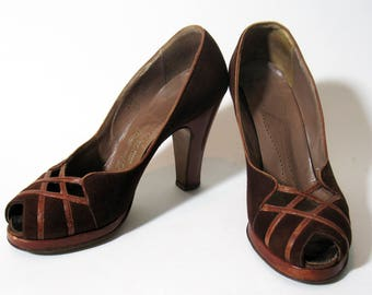 Vintage 1940s Brown Suede Open Toe Womens Platform Shoes Trim Tred Heels