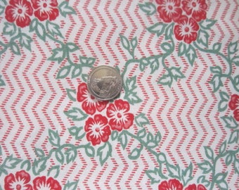 Vintage 1930s/40s Full Cotton Feedsack Feed Sack-Red Green Floral No.5