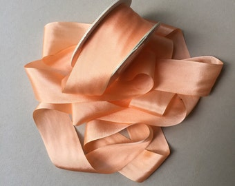 1 metre of 32mm silk ribbon (colour S515 solid apricot)