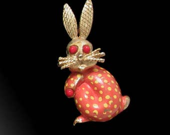 Bunny Rabbit Brooch 1964 Oleg Cassini, Hare Brooch, Rabbit Jewelry, Vintage Designer Rabbit Brooch Pin, Easter Gift