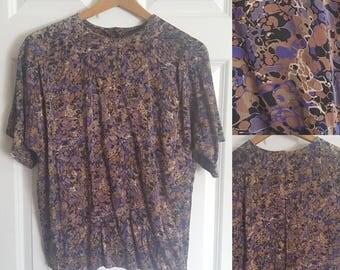 100% silk psychedelic swirl marble top size small - medium