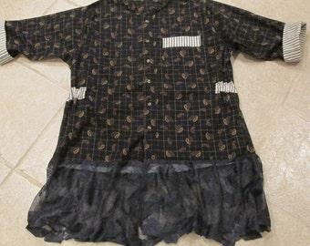 Upcycled navy blue paisley tunic duster refashion sz L vintage blue lace ruffle