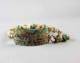 Czech Glass Beaded Bracelet with Handmade Copper Connector