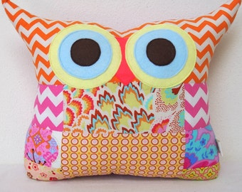 Use coupon codes/Chistmas sale/PATCHWORK / owl pillow /home decor/decoration cushion/ owl pillow/for hew /Express shipping/Ready to ship