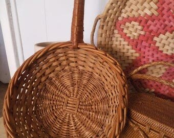 Vintage woven wall basket with handle ~ Woven scoop ~ wicker wall basket ~ Jungalow decor
