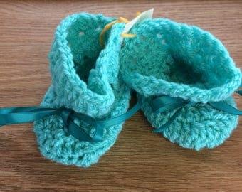 Baby booties, acrylic yarn, newborn - 3 months, Aqua or Aspen