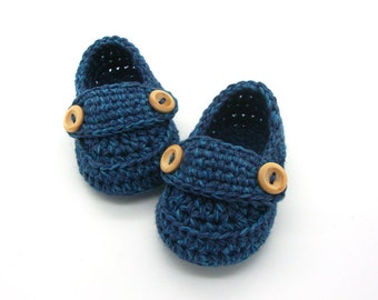 Crochet Baby booties, baby boy loafers, blue slippers size 3 months with giftbox ready to ship