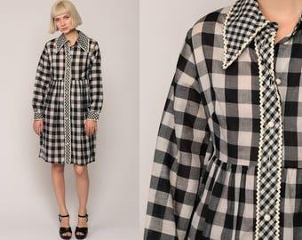 Vintage Mod Dress 70s Mini Babydoll Buffalo Plaid Gingham 70s Black White Empire Waist Checkered Long Sleeve 1970s MiniDress Medium