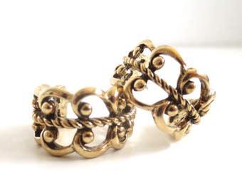 Vintage 80's Avon // Gold Scroll Hoop Earrings