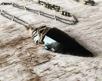 Black Obsidian Arrowhead Pendant Sterling Silver Layering Necklace . Bohemian Arrowhead Jewelry. Tribal Obsidian Pendant . Free People Style