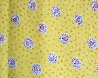 Vintage Fabric - Yellow and Pink Flowers Cotton - 35 x 42