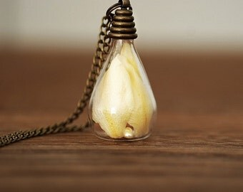Summer Feelings True Delphinium Leaves Necklace