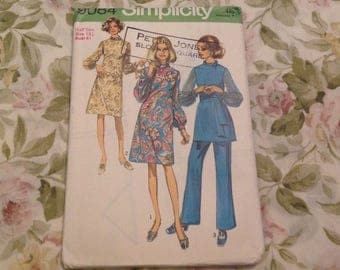 Vintage Sewing Pattern,Simplicity Sewing Pattern 9084,Vintage ladies dress and Trouser Suit