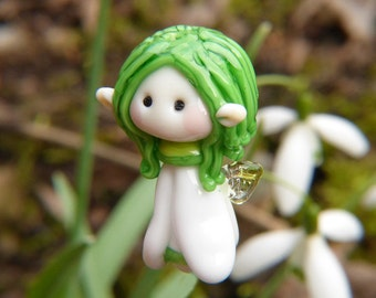 Little Snowdrop Garden Fairy glass bead