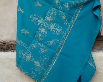 Soft and Luxurious Pashmina shawl/stole. Pure wool from Kashmir. Teal Blue.
