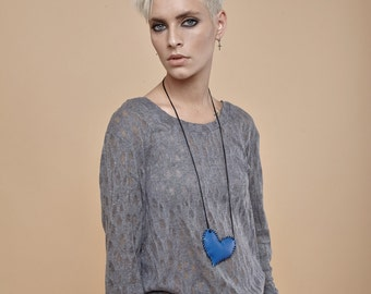 NEW! extra long sleeves - long sleeve tshirt - long sleeve shirt - long sleeve t shirt - knit shirt - grey shirt - white top