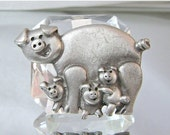 CHRISTMAS SALE Vintage Brooch Razza Pewter Pig Mama and Babies Luca Razza