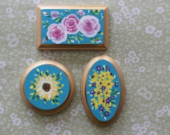 hand painted miniature floral plaque wall art by la roca