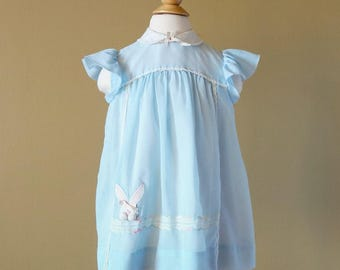 Vintage 1970s Girls Size 4 Dress / 70s Ruth Originals Dress / Swiss Dot Pale Blue Cotton, Flutter Capped Sleeves. Rabbit Applique
