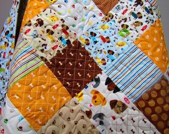 Crib Quilt-Dog Quilt-Baby Quilt-Baby Bedding-Rover Puppy Blanket-Modern Patchwork-DogBones Baby Blanket-Toddler Quilt-Cot