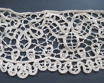 "Point de Venise Needle Lace Panel 54"" x 8"""