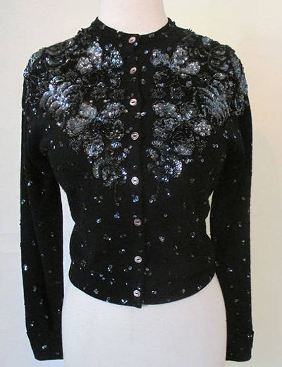 Fabulous 1950's Cashmere Sequined & Beaded Sweater with floral designs Rockabilly VLV pinup girl Sweater girl, Size Medium/Large