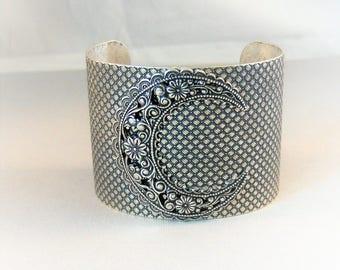 Crescent Moon,Cuff,Bracelet,Moon,Moon Bracelet,Moon Cuff,Goddess Cuff,Goddess Jewelry,Moonstone Jewelry, Moonstone bracelet,Cuff,Silver cuff
