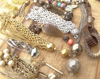 Vintage Jewelry Lot. Chain Destash Lot. All Chain Drops Charms. Chain Findings. D95