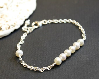 Minimalist Pearl Bracelet, Sterling Silver Bracelet, Wedding Gift, Bridesmaid Gift