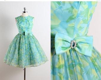 30% SALE Vintage 50s Dress   1950s vintage dress   spring floral dress xs   5652