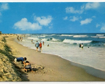 Beach Scene Delaware Coast 1960s postcard