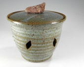 Ceramic garlic keeper jar - pottery large garlic canister - stoneware onion jar with lid - ceramic onion canister - garlic storage jar