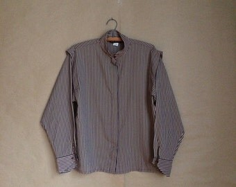 vintage 80's box cut blouse / womens shirt / hide away button down / epaulettes / vertical stripes / secretary blouse