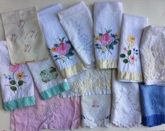Lot of 13 Vintage Linen and Cotton Guest Towels