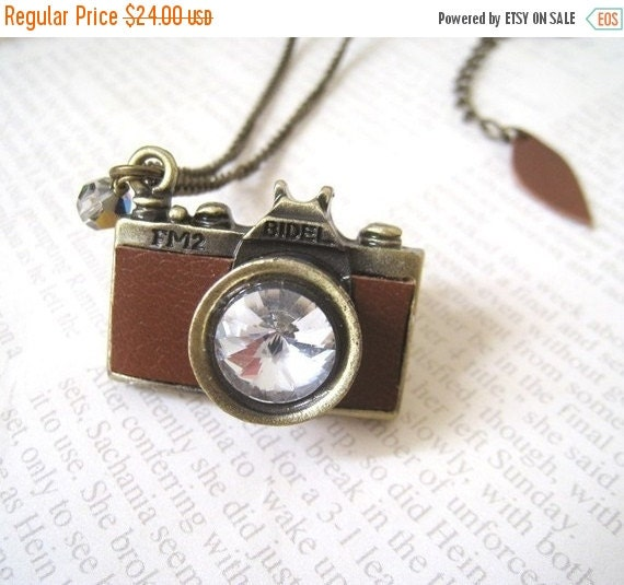 Holiday Sale Vintage Style Brown Leather Camera Necklace