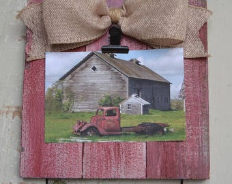 Small Rustic Wood Clip Photo Frame, Photo Clip Board, Photo Display Frame, Salvaged Wood Clip Photo Plaque, Clipboard Frame, Old Barn Red